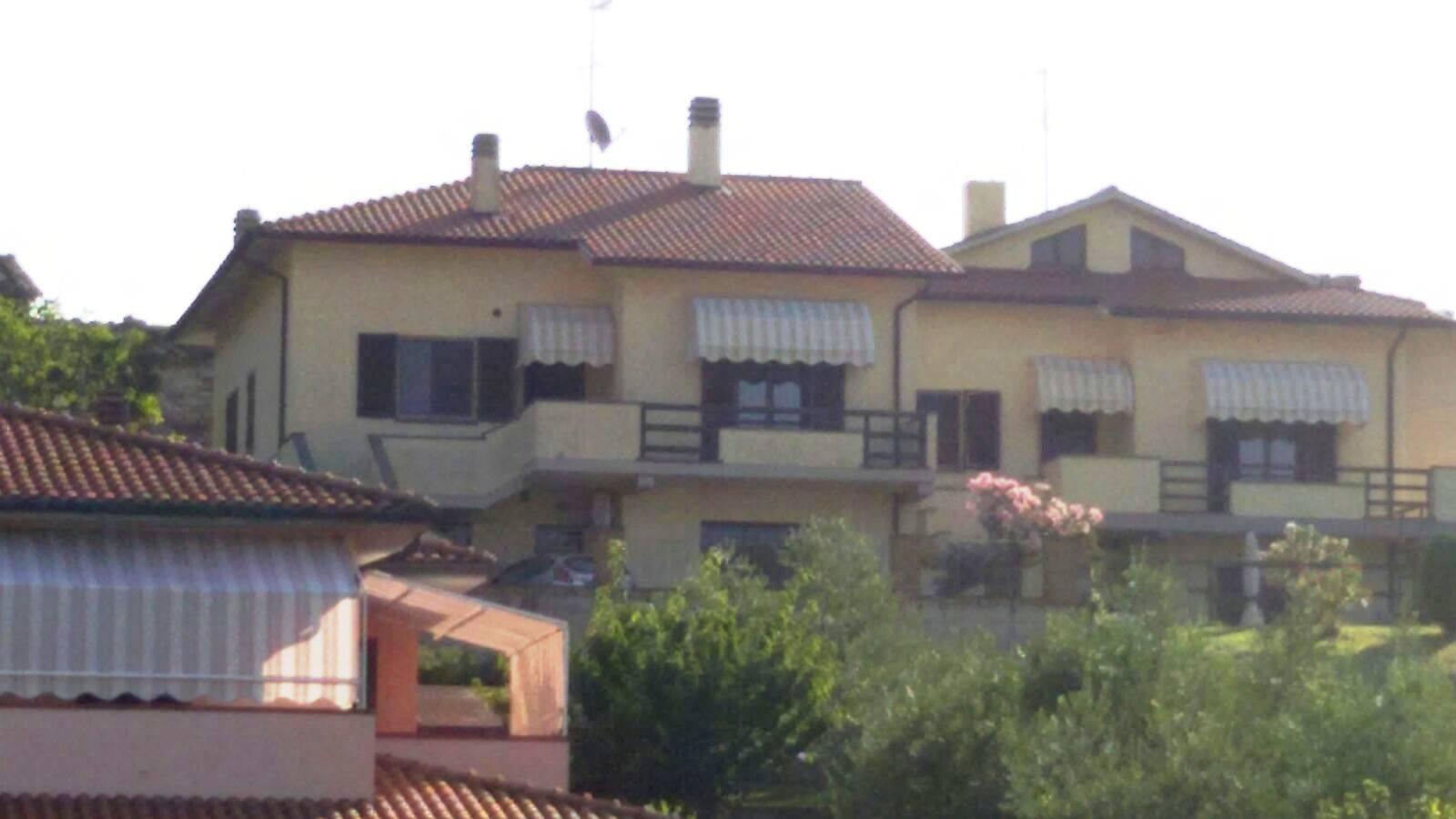 cappottine per terrazzi a Montecatini Val di Cecina