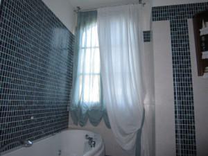doppia tenda a pacchetto arricciato con calata in lino per bagno <b>RIF: TC278</b>