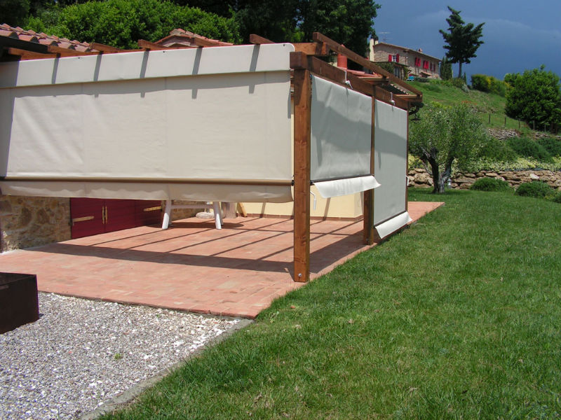 Gazebo in legno con tende ok55 regardsdefemmes for Tenda per pergolato