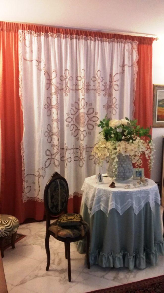Tende arricciate classiche o moderne sceglile con la for Tende casa classica