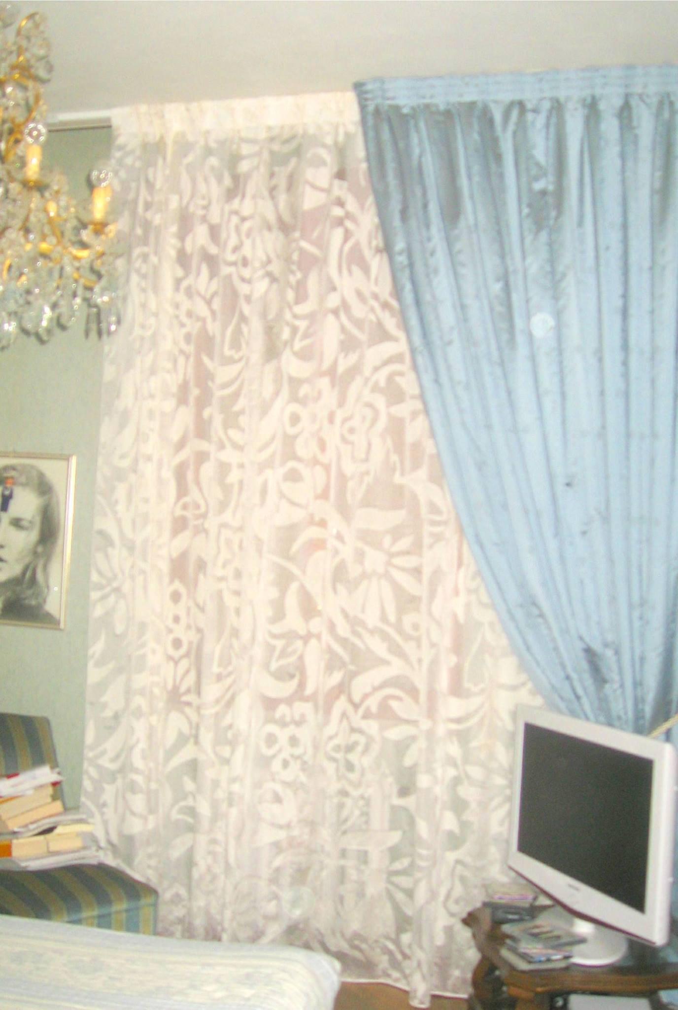 tenda in seta doppiata con calata in seta foderata a Piombino
