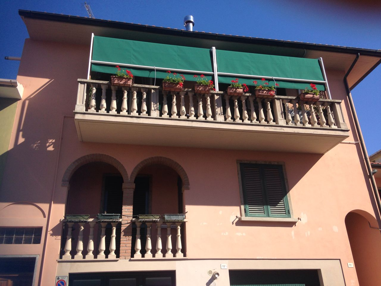 tende a capanno colore verde per copertura terrazzo <b>RIF: TS117</b>