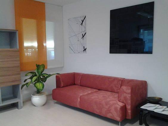 tende ignifughe per ufficio con divano sfoderabile
