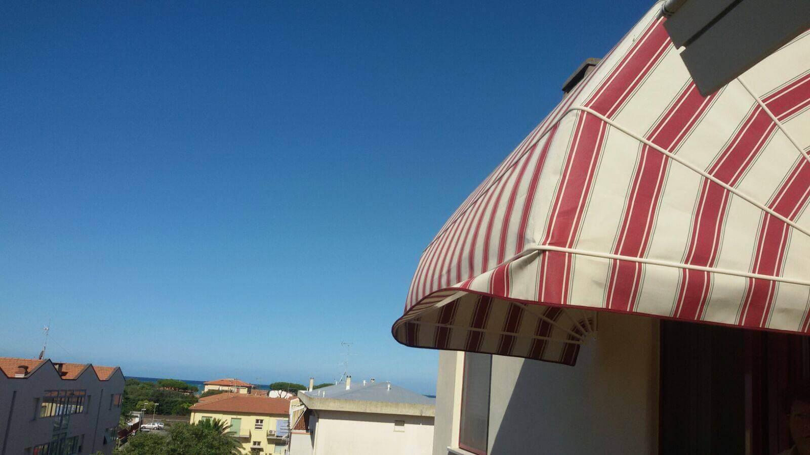 cappottina-a-righe-a-San-Vincenzo