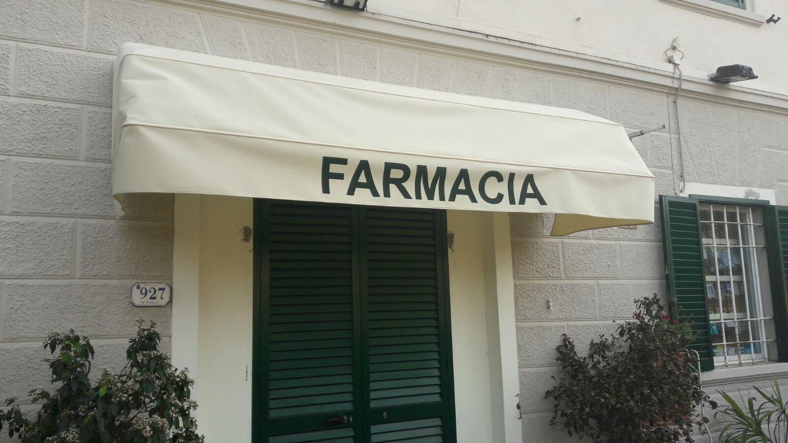 tenda a cappottina per farmacia <b>RIF: TS153</b>