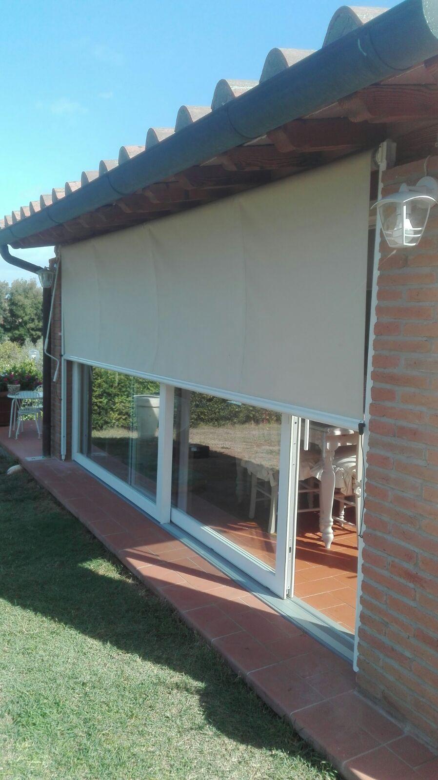 Tende da sole e da esterni su misura dal 1975 gani tende for Finestra scorrevole verticale