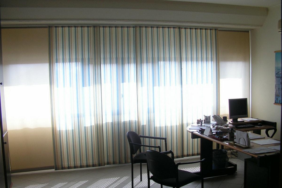 Tende Per Ufficio Verticali Prezzi : Tende da ufficio modelli tessuti caratteristiche tecniche