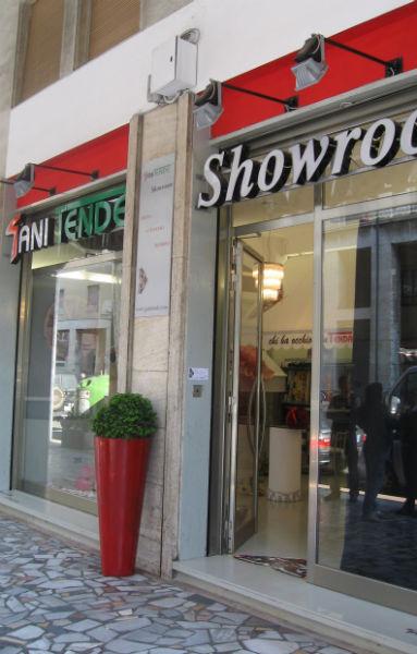 showroom di tende, strutture da esterni e tessuti per interni a Piombino (Li)