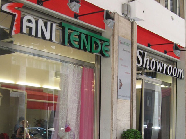 Showroom Cecina Gani Tende