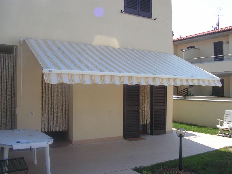 Beautiful Tende Da Sole Per Terrazzi Prezzi Gallery - Design Trends ...