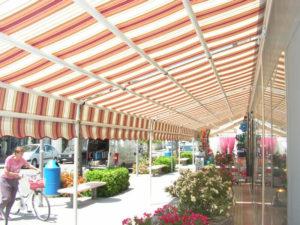 tende da sole a capanno per negozio RIF: TS193