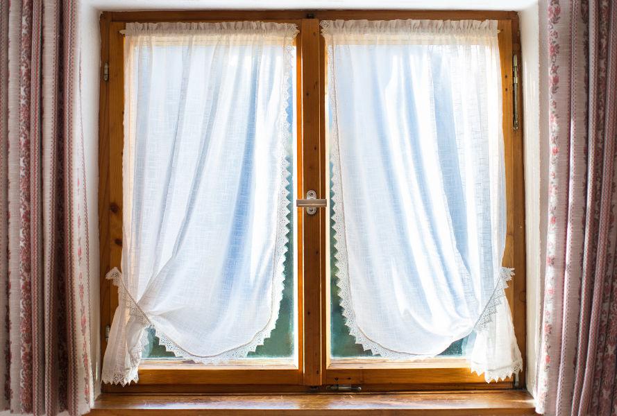 Tende Per Finestra Singola : Scegliere le tende da interni cose da sapere gani tende
