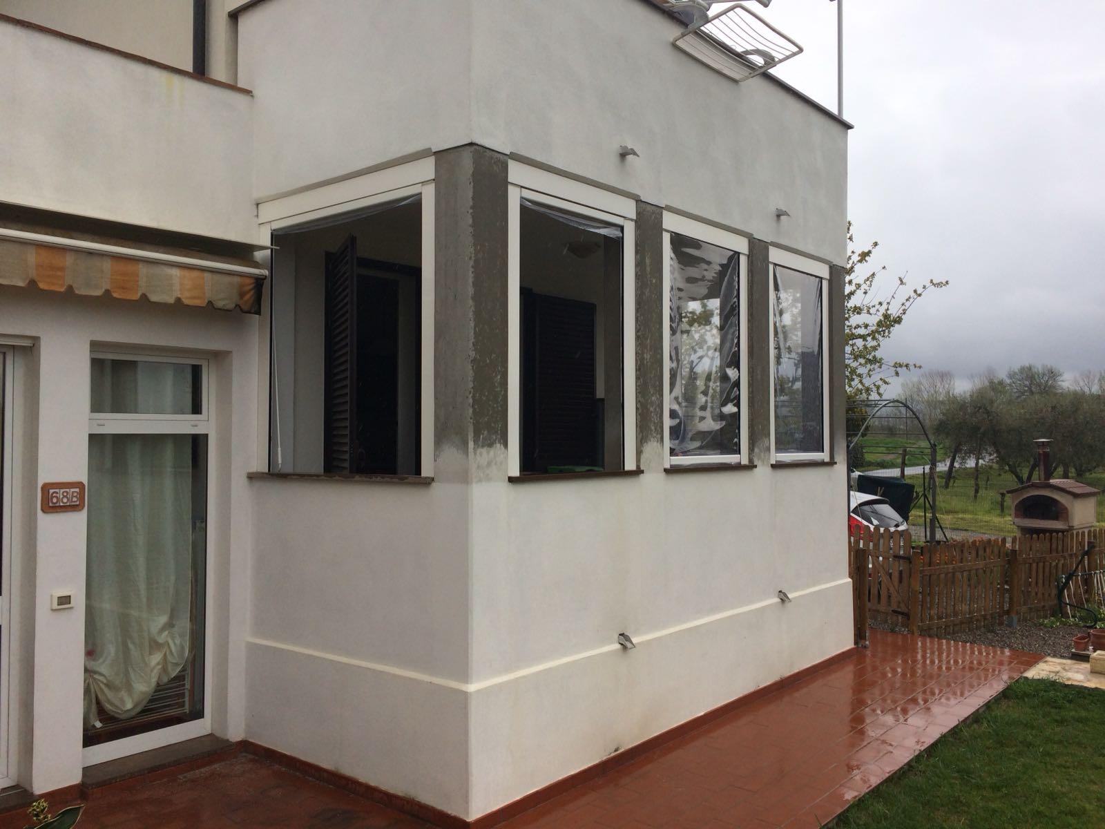 chiusure ermetiche antipioggia e anti vento per veranda <b>RIF: SE106</b>