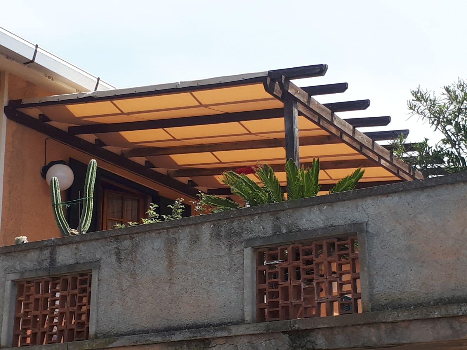 copertura su misura per struttura per esterni in legno <b>RIF: SE112</b>