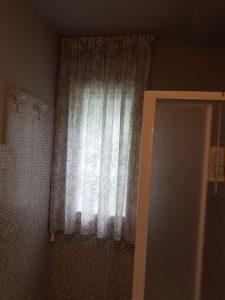 tenda classica corta per finestra del bagno <b>RIF: TC468</b>