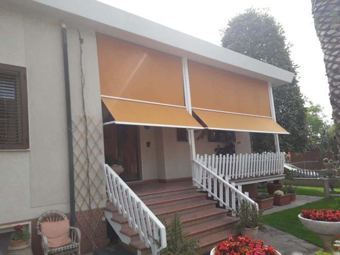 2 tende a caduta in tessuto poliestere termosaldato giallo in Toscana